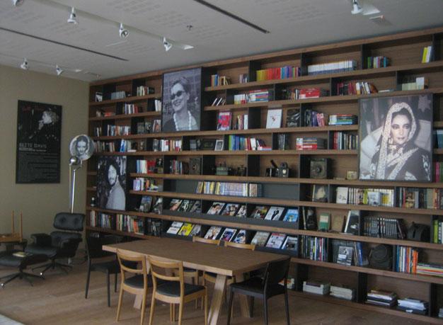 Biblioteca Astoria Retroiluminados